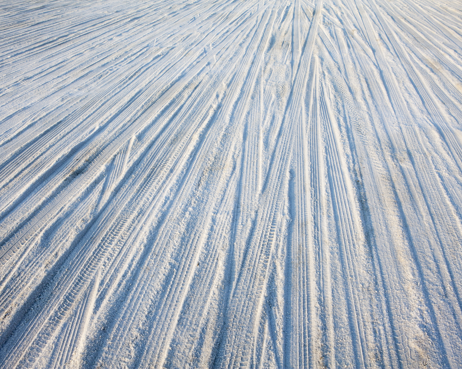 Tire tracks on Bonneville Salt Flats, Speed Week, Utah - Paul Edmondson